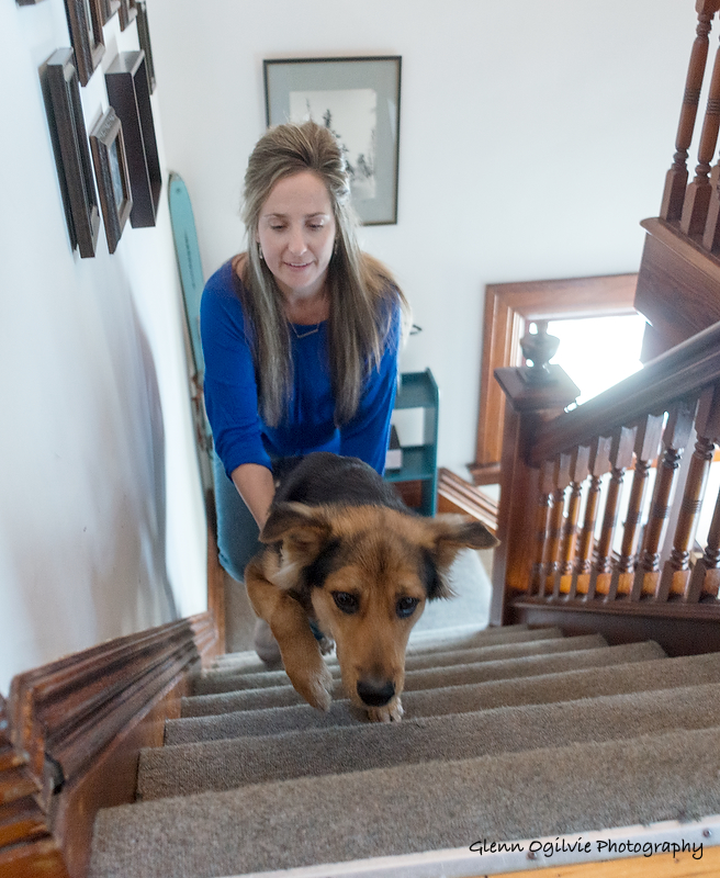 Jamie Marilyn Smith gives Leo a boost to help him get up the stairs. Glenn Ogilvie